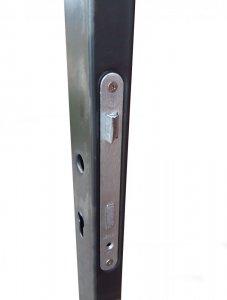 Sloupek so zámkom pre zostavenie bránky 60x40 mm